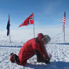 Norwegian South Pole expedition with Fresh Tracks