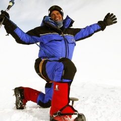 Guide Vern Tejas wearing Forty Below Fresh Tracks on Denali